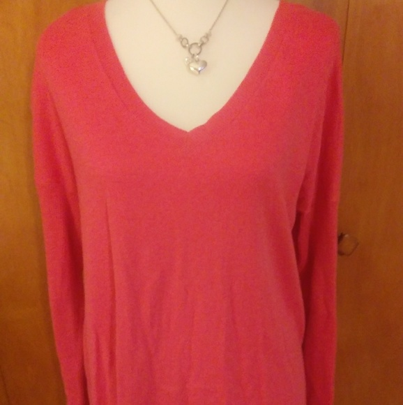 American Eagle Outfitters Sweaters - American Eagle Coral Sweater